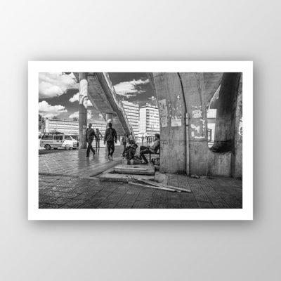Listros under Bridge